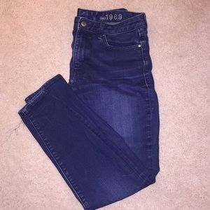 Woman's High Rise Skinny Jeans